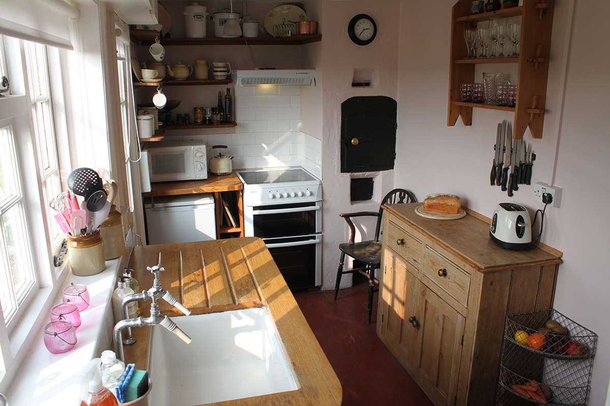 cosy country kitchen at 9 hill cottage
