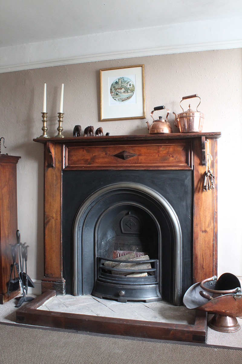 cosy fireplace at 9 the hill holiday cottage