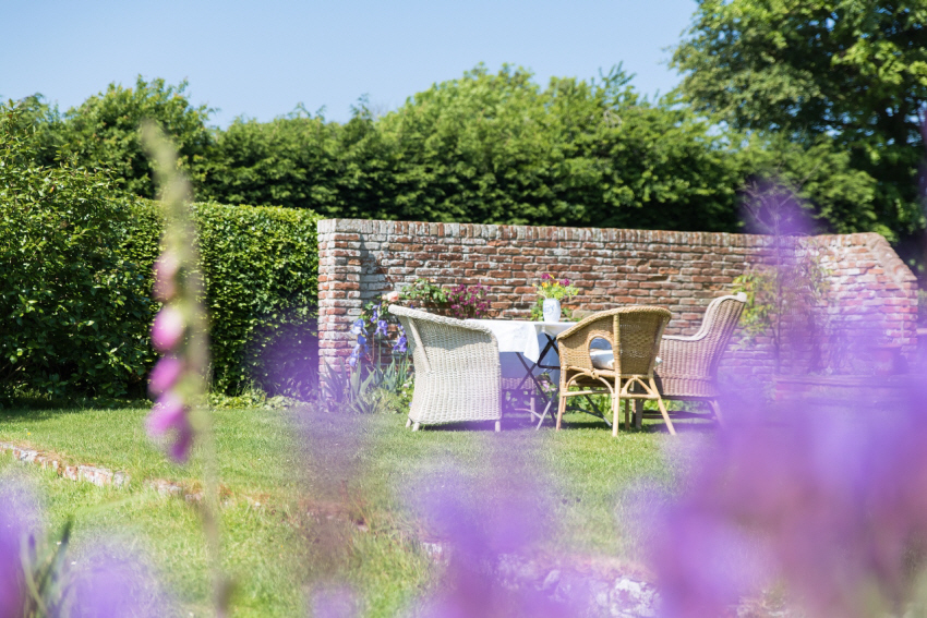 Summer garden time at MAYHOUSE