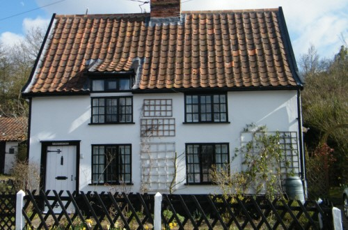 St Mary's Cottage, Holton