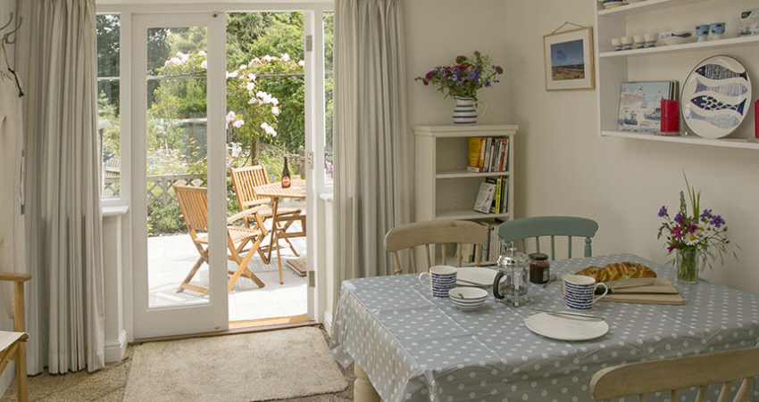 Charming day room at Evas cottage